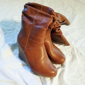 Brown boots worn once sz. 7